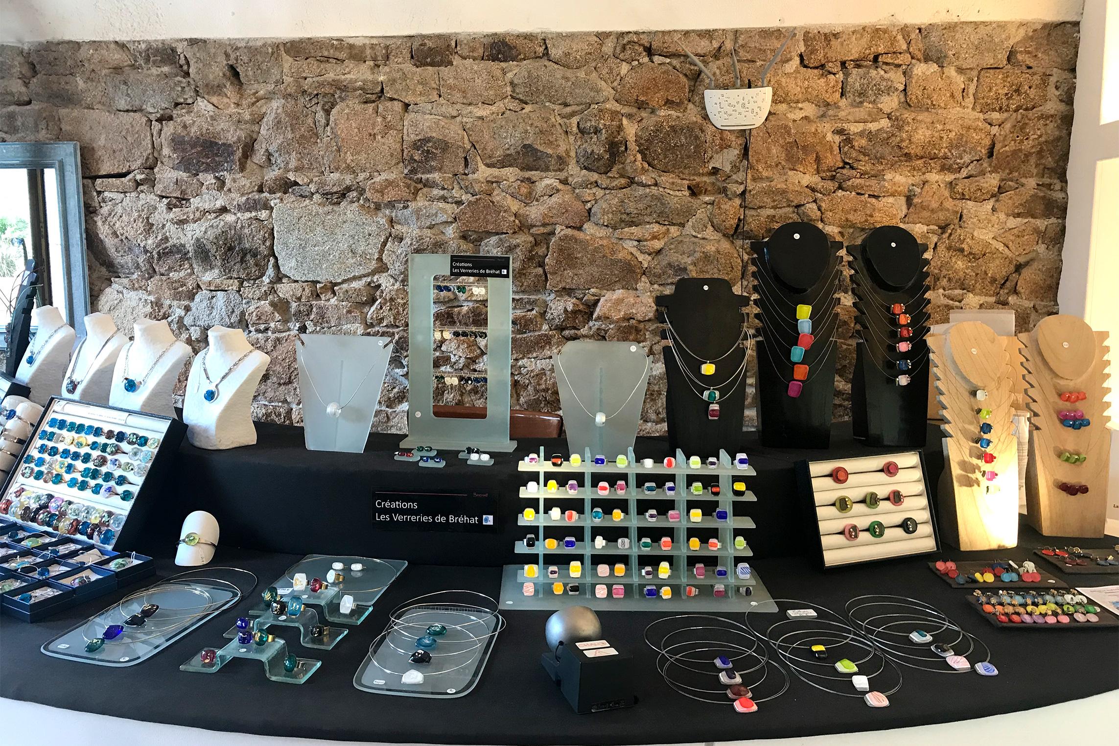 Les verreries, présentoir de bijoux